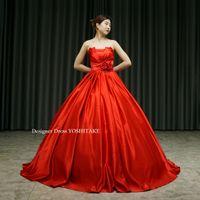 赤いサテンのカラードレスを作りました。