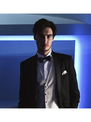 d06ace4635e82 黒」の新郎衣装一覧|ウェディングドレスの口コミサイト ウエディング ...
