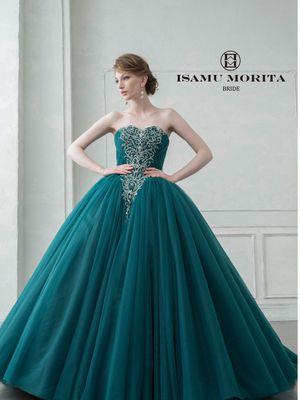 本日限定 ウェディングドレス オーバースカート 緑 おしゃれ インスタ