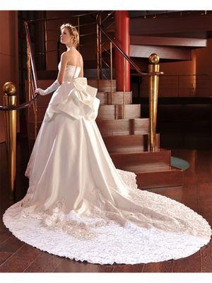 4588999f08d2e THE COLLECTION (ザ・コレクション)|ウェディングドレスの口コミサイト ...