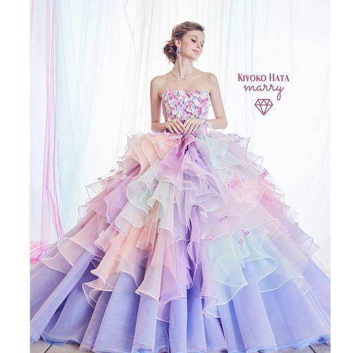 プレ花嫁から大人気カラフルカラードレス