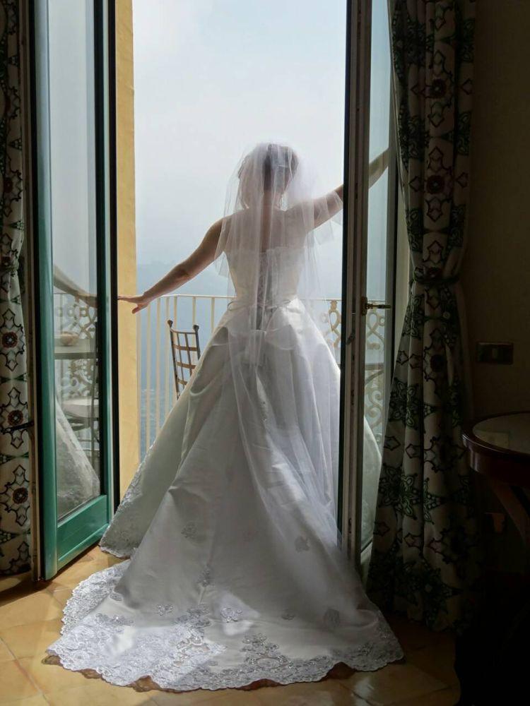 純白のドレス