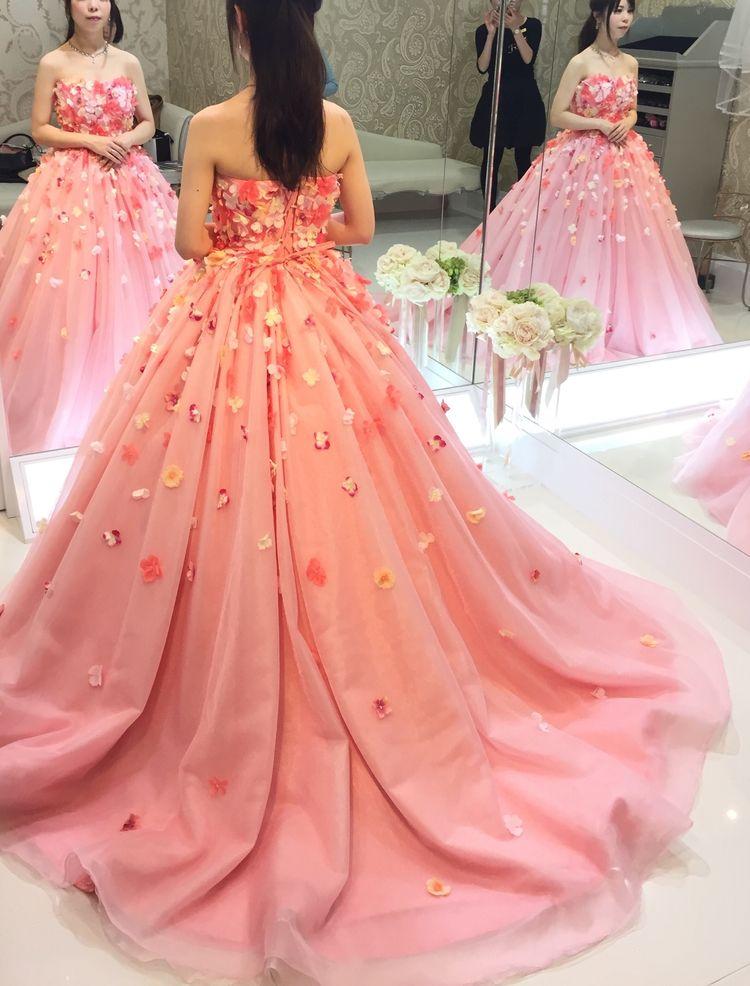 お花たっぷりかわいいドレス
