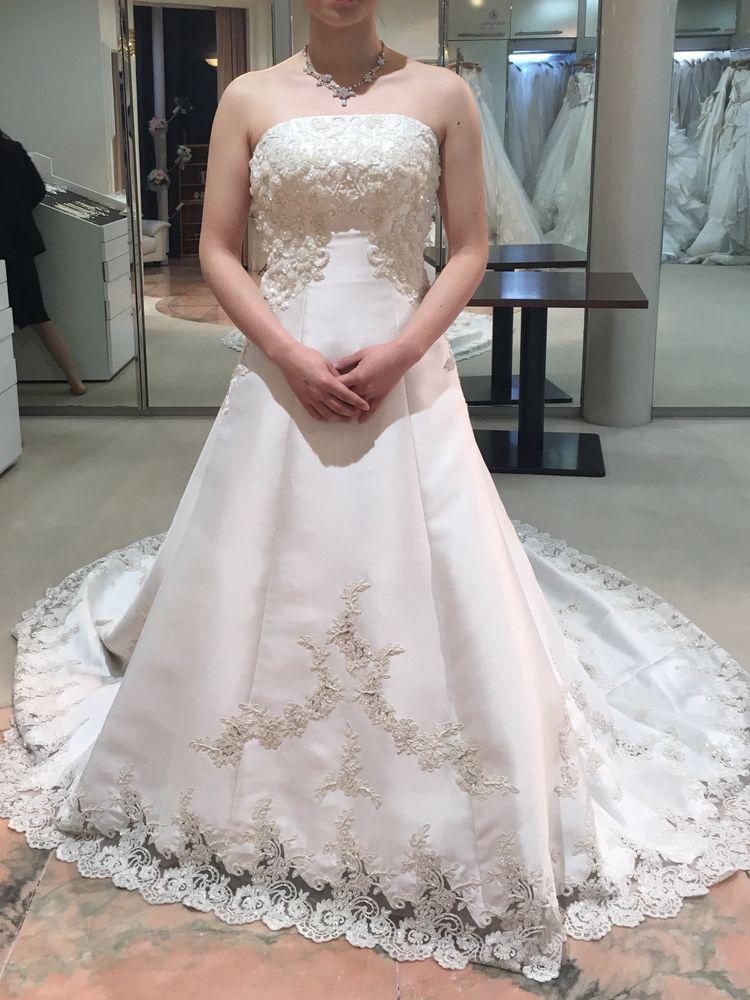 シンプルだけどとても綺麗なドレス