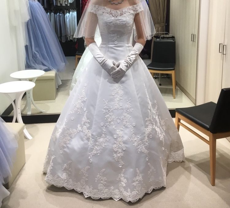 何着も試着してやっと見つけたドレス