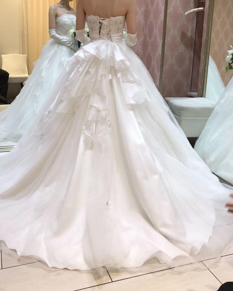 ふわふわボリューミーなドレス