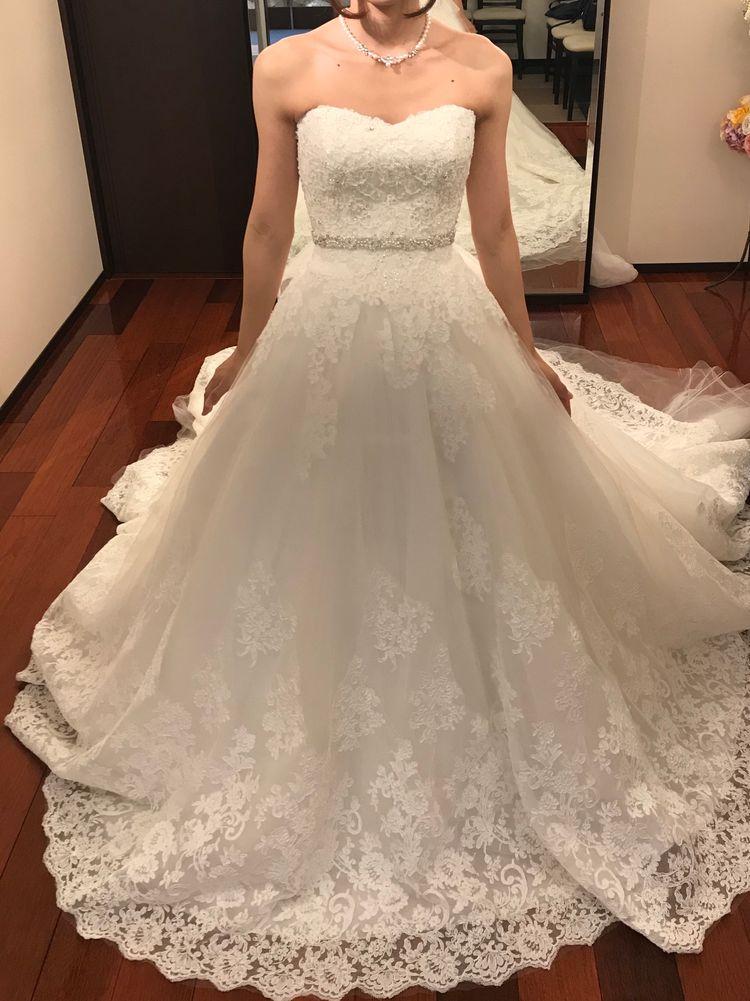 華やかなドレス