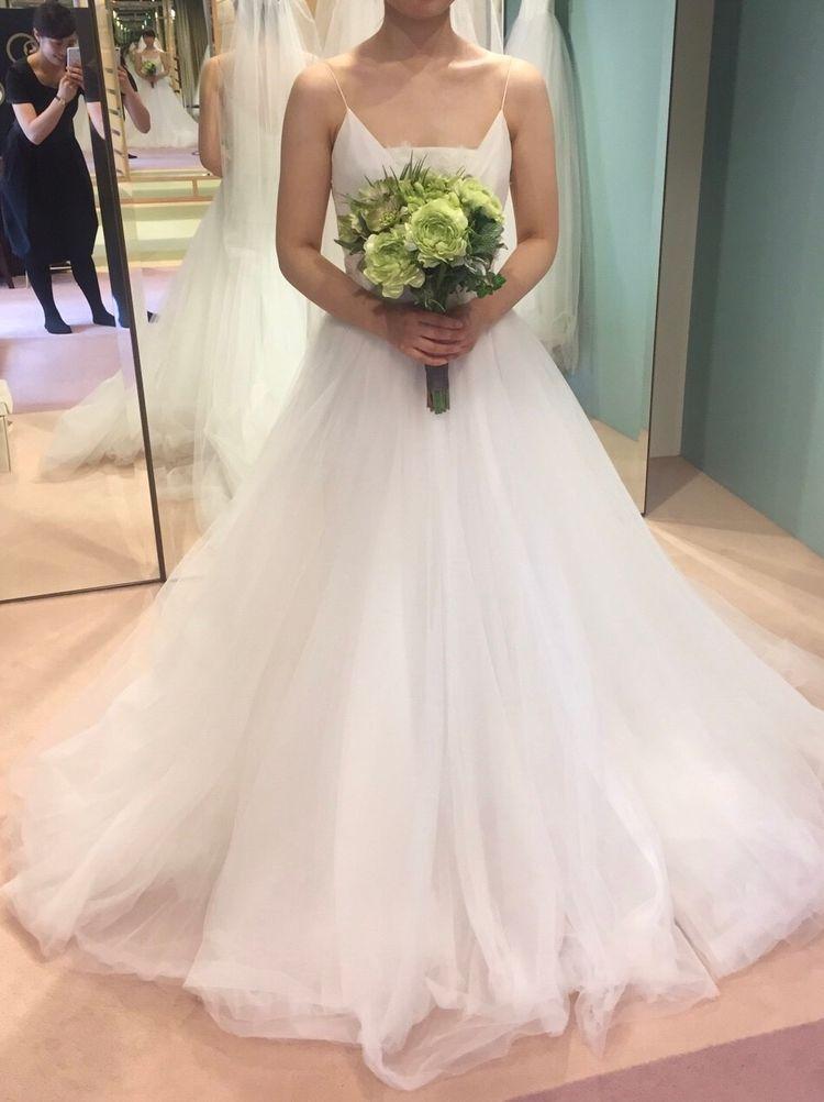 ザッシンプルなウエディングドレス