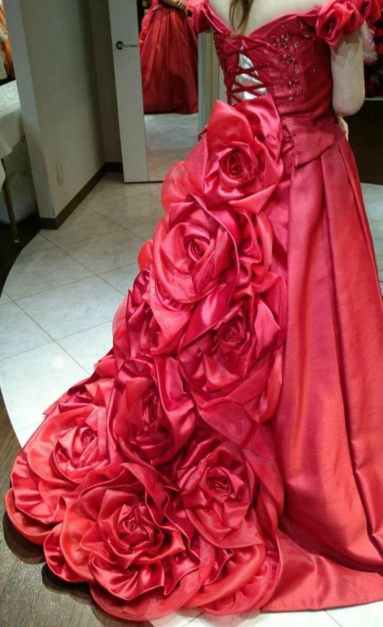 情熱の薔薇ドレス