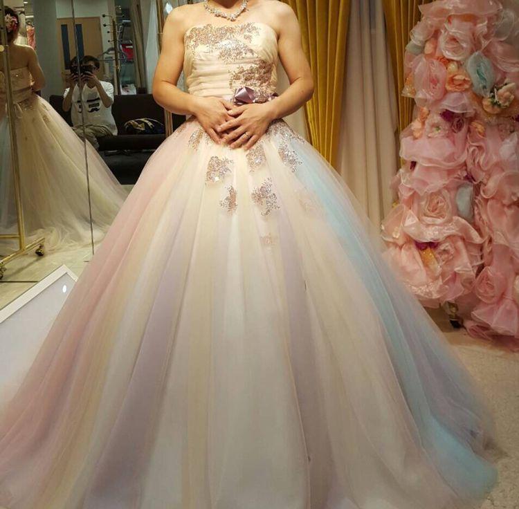 キャンディーみたいな可愛いドレス