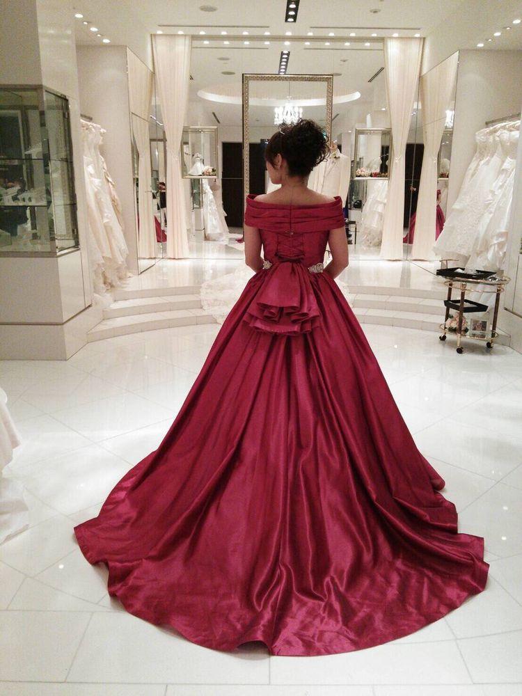 会場が華やかになるドレス