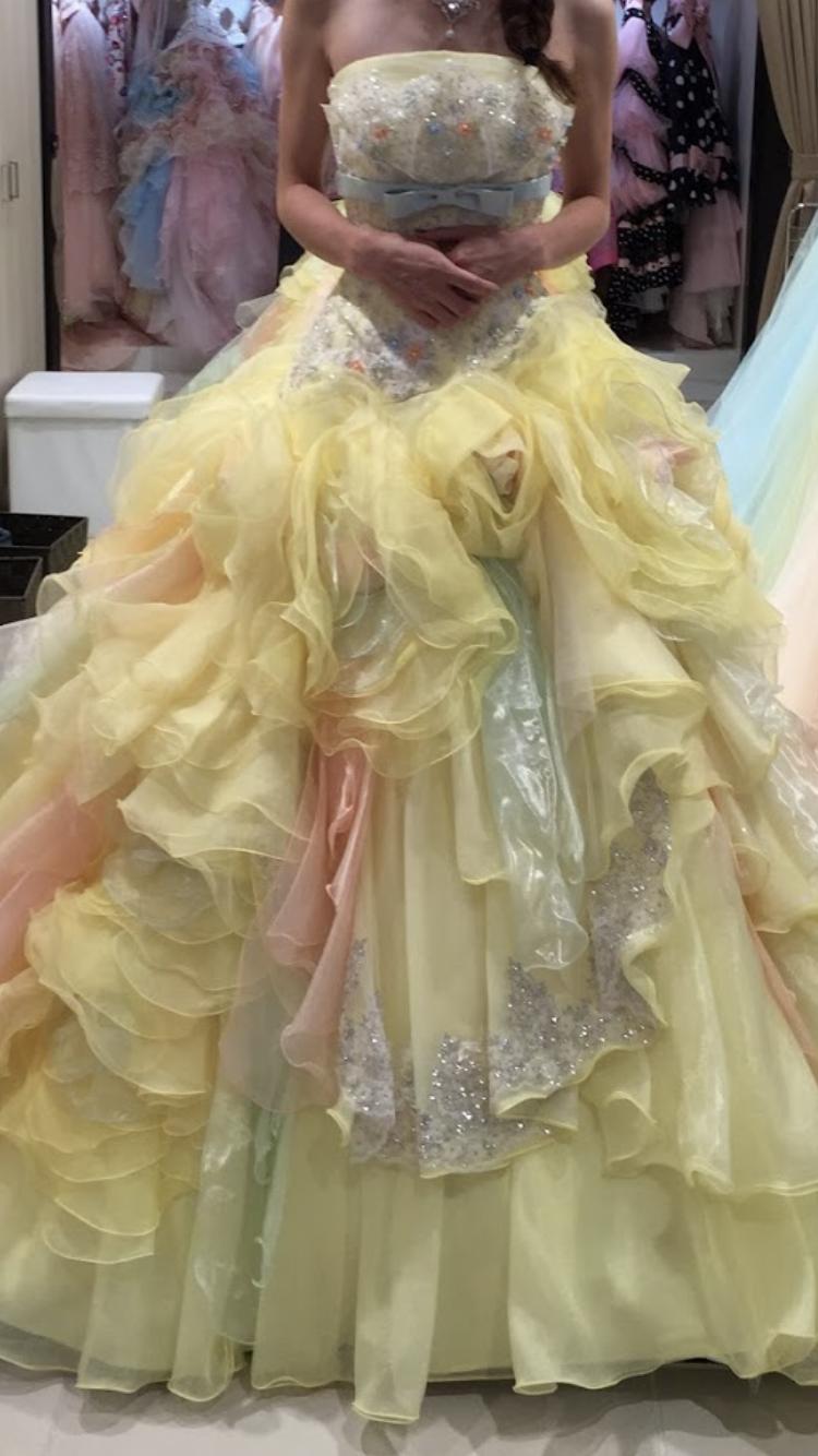 神田うのプロデュースドレス