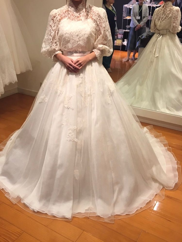 ローラアシュレイのドレス