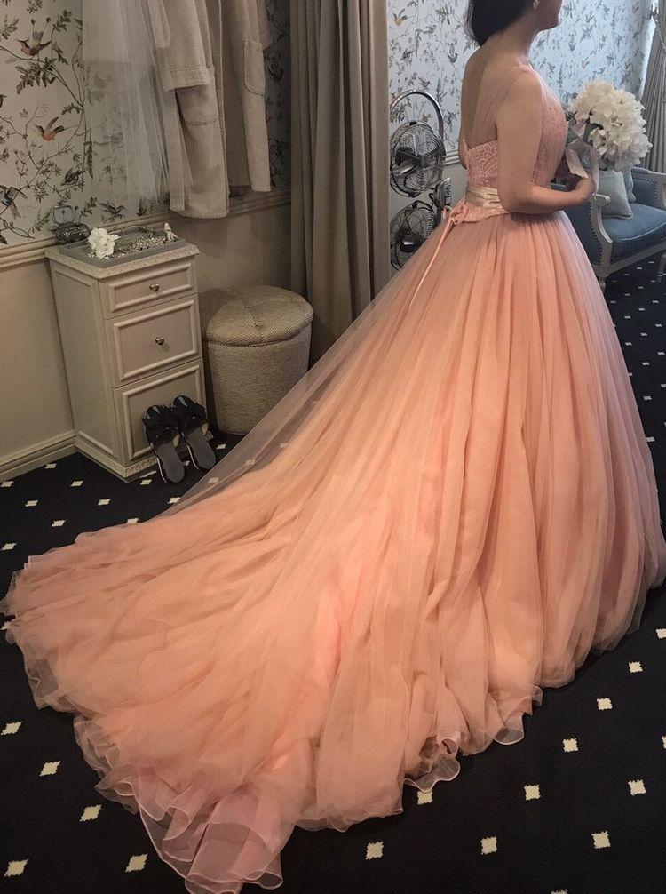 スモーキーピンクのカラードレス