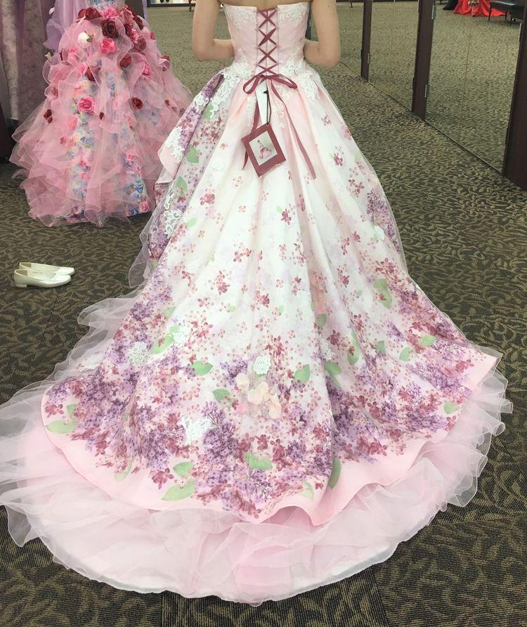 花柄が素敵なドレス