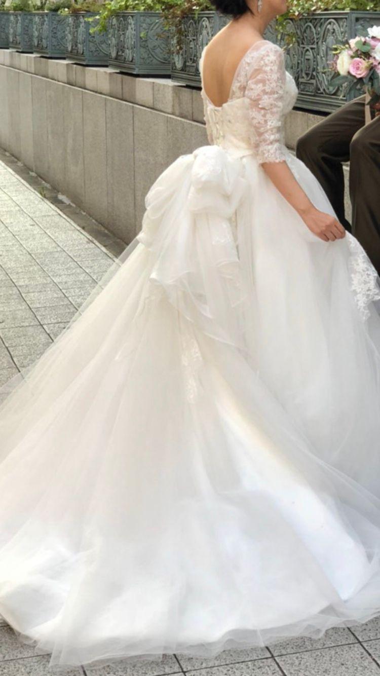 前撮りのウェディングドレス