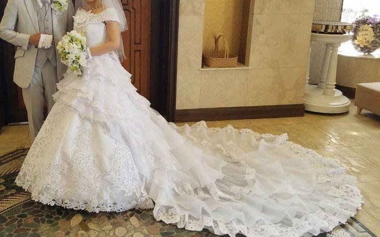定番のザ・花嫁さんドレス
