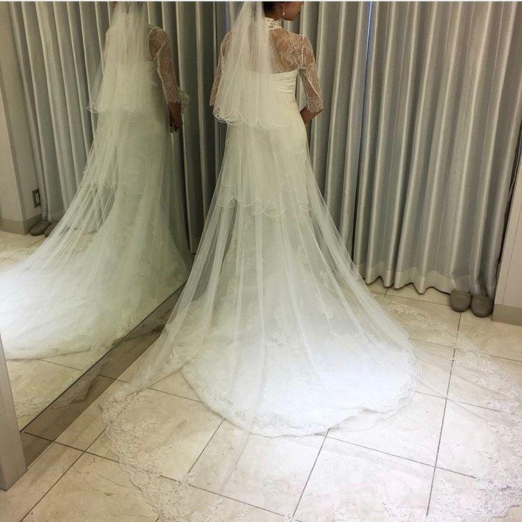 スレンダーチュールのマーメイドドレス