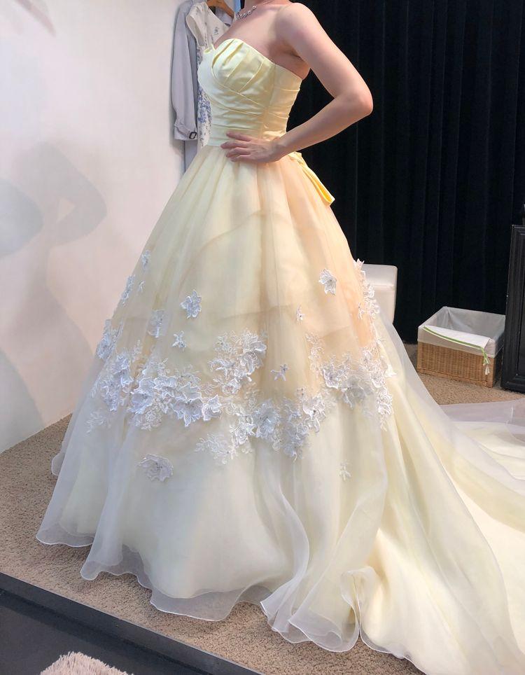 ベルみたいなドレス
