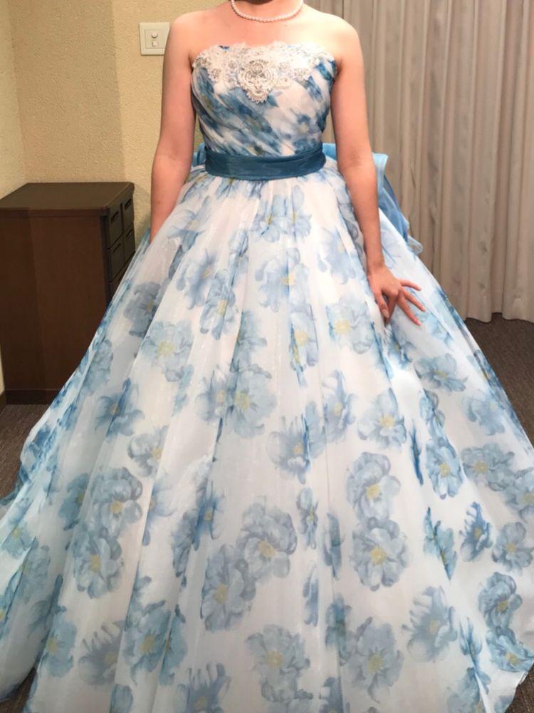 ニコルのフラワープリントドレス