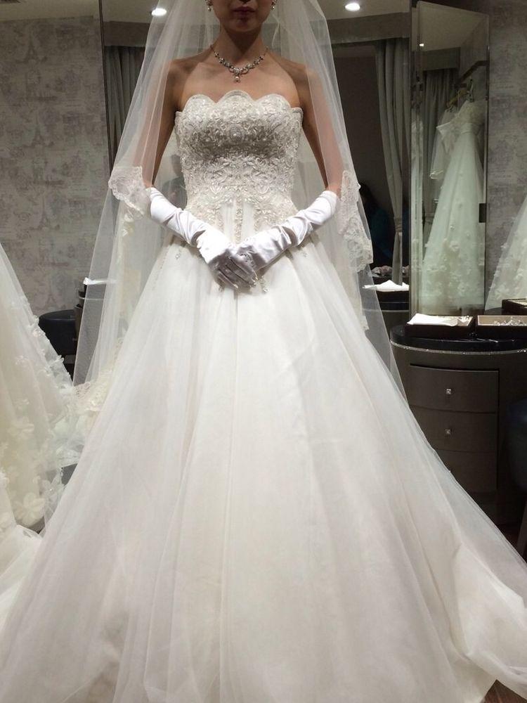 HANAE MORIのステキなドレス