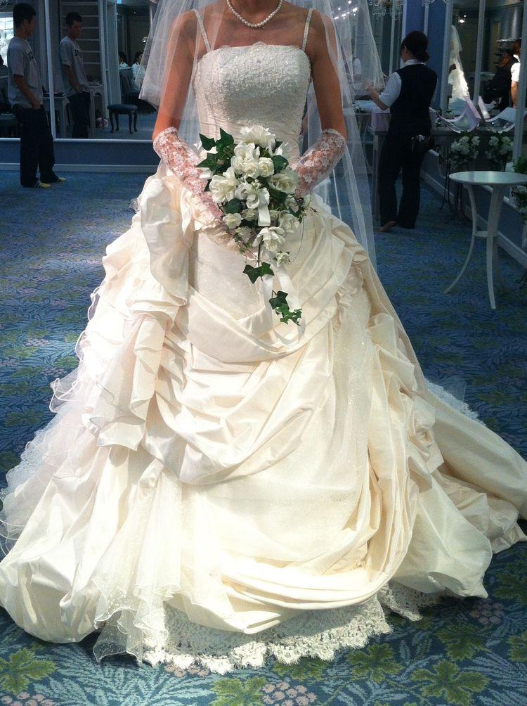 最終候補までのこった大本命だったウエディングドレス!