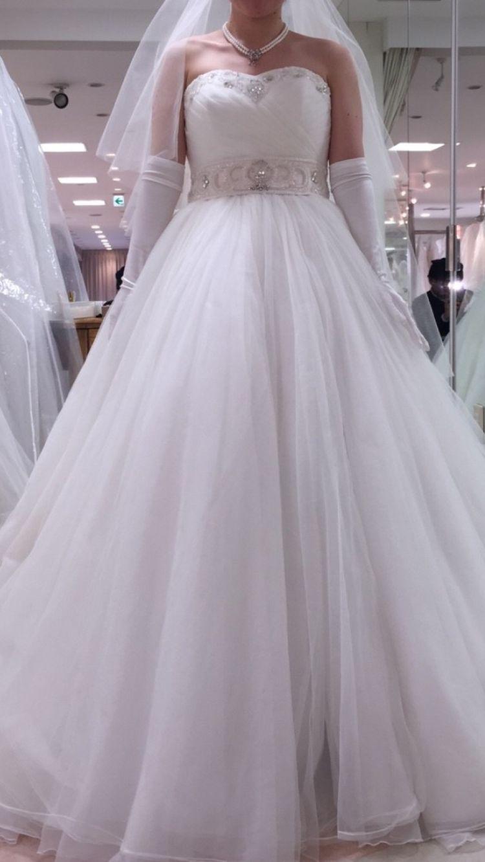 ビジューベルトドレス