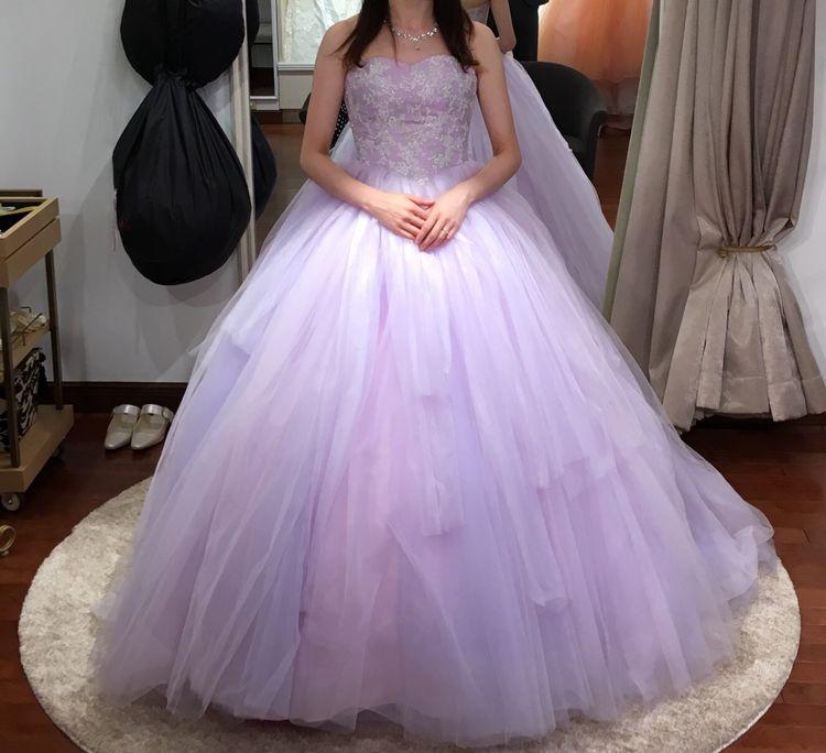 シンプルで上品なラプンツェル風ドレス!