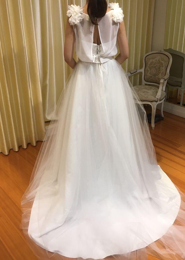 ふわっとかわいいシンプルなドレス