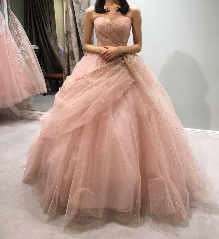 スタイルアップな大人ドレス