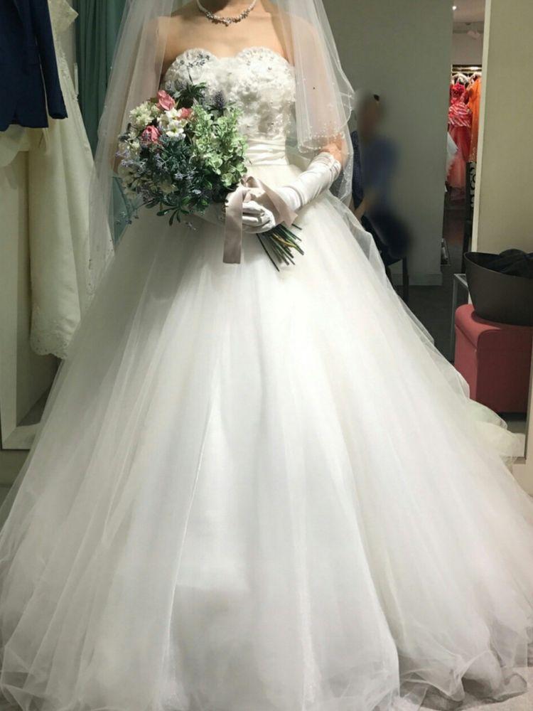 チュールが素敵なドレス