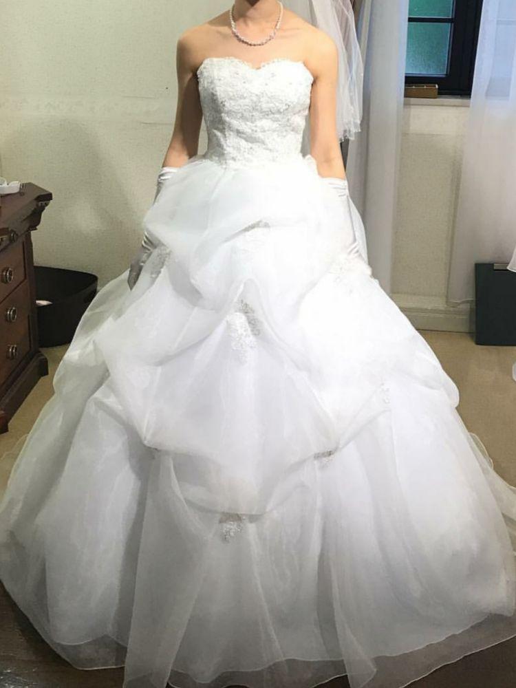 ふわふわ感のあるドレス