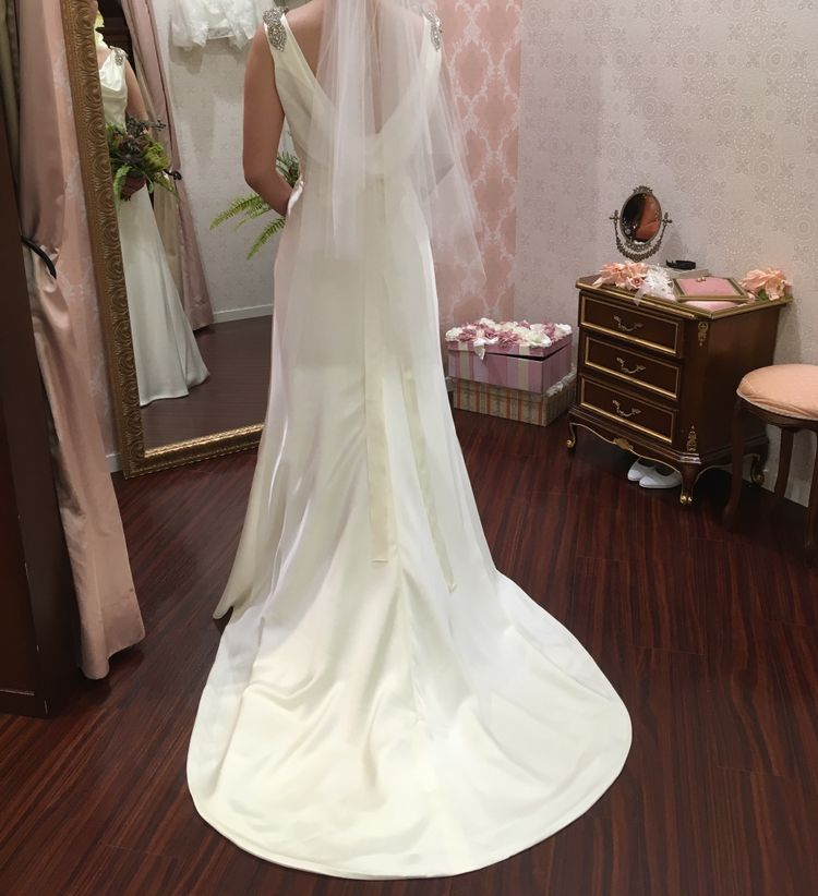 30代の大人な花嫁さん向け✿ ・*スレンダータイプのドレス