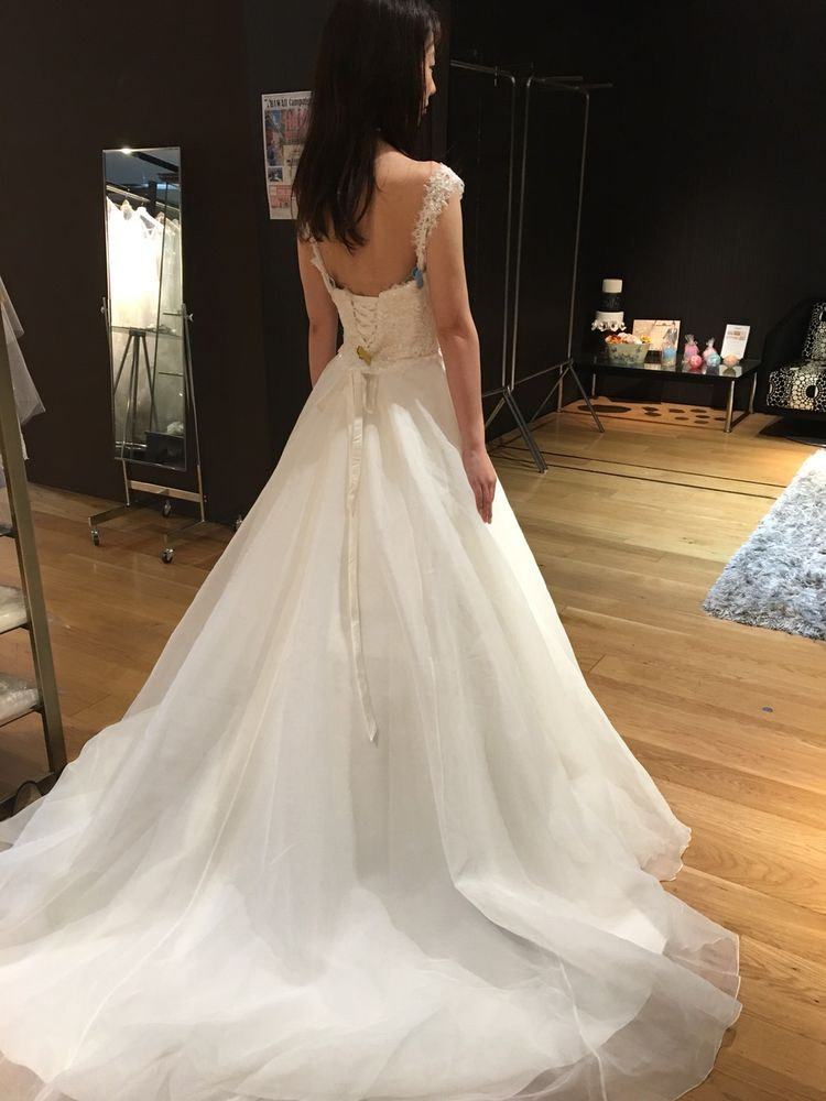 海外ブランドのウェディングドレス