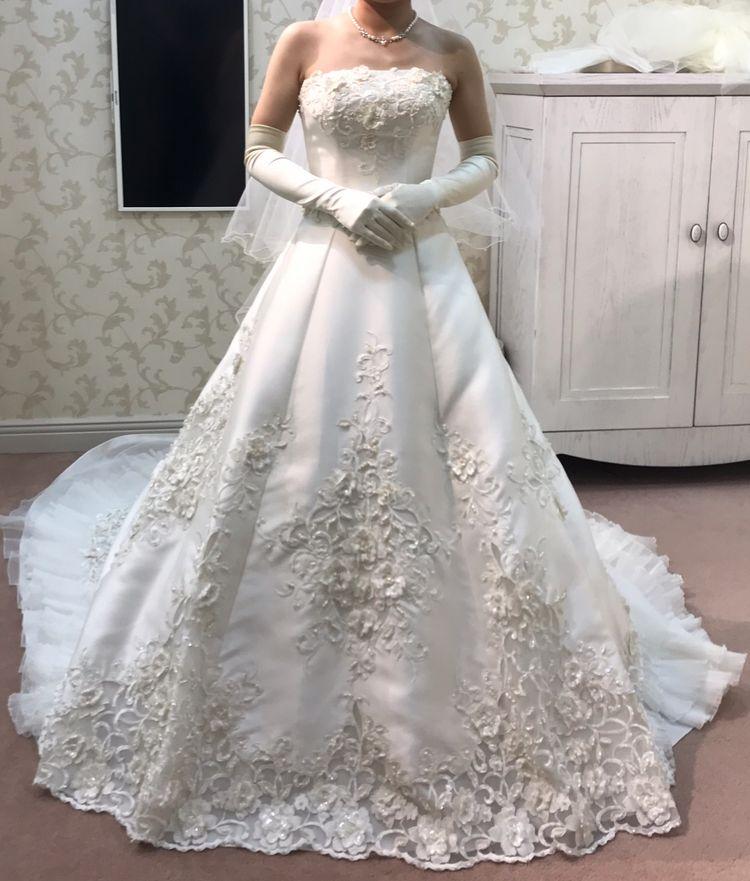 クラシカルな王道ドレス