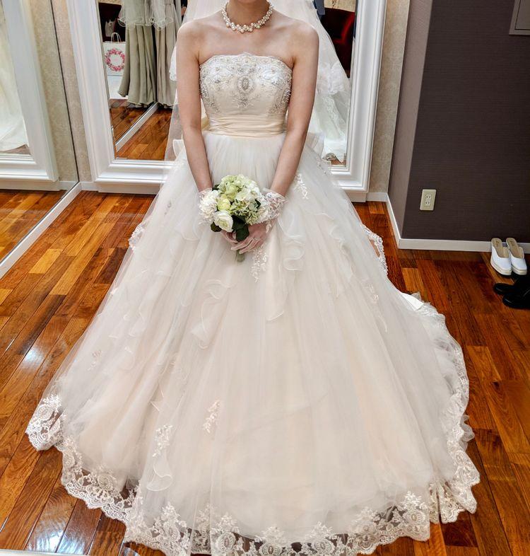 かわいらしいドレス