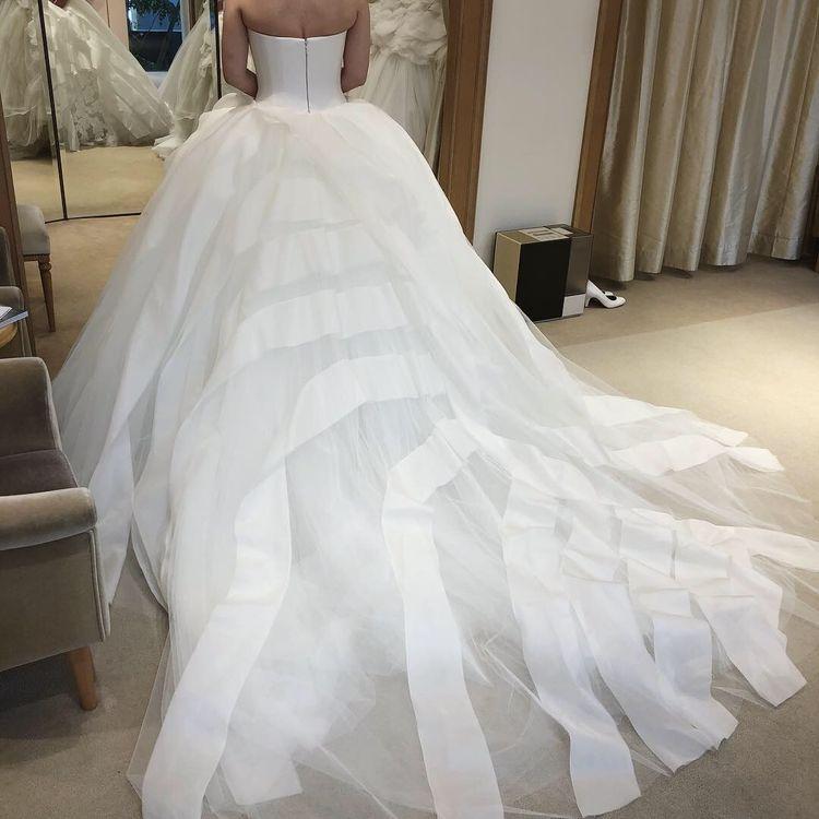 最高のウェディングドレスです