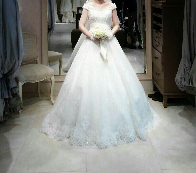 上品で可愛さのあるドレス