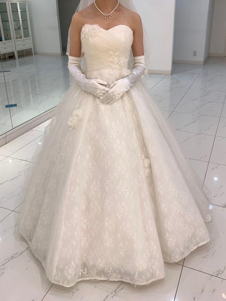 コンパクトなドレス