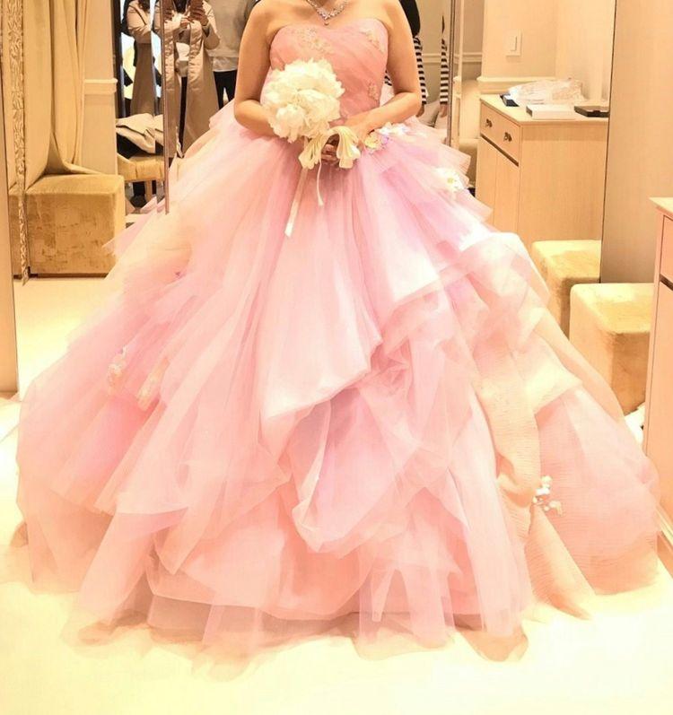 ボリューミーなドレス