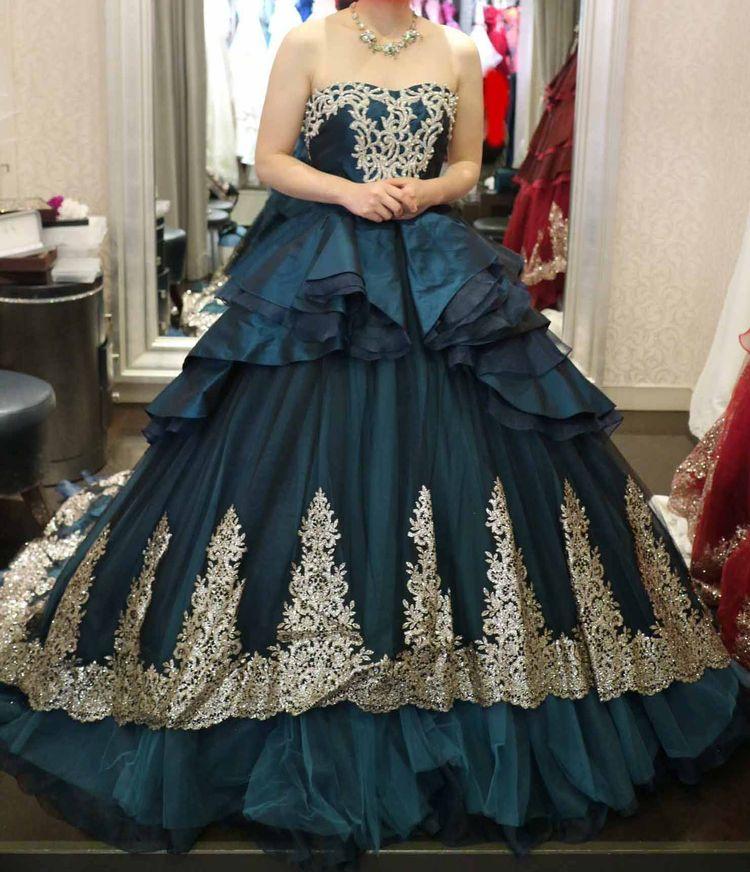 青緑基調のシャンデリア風ドレス