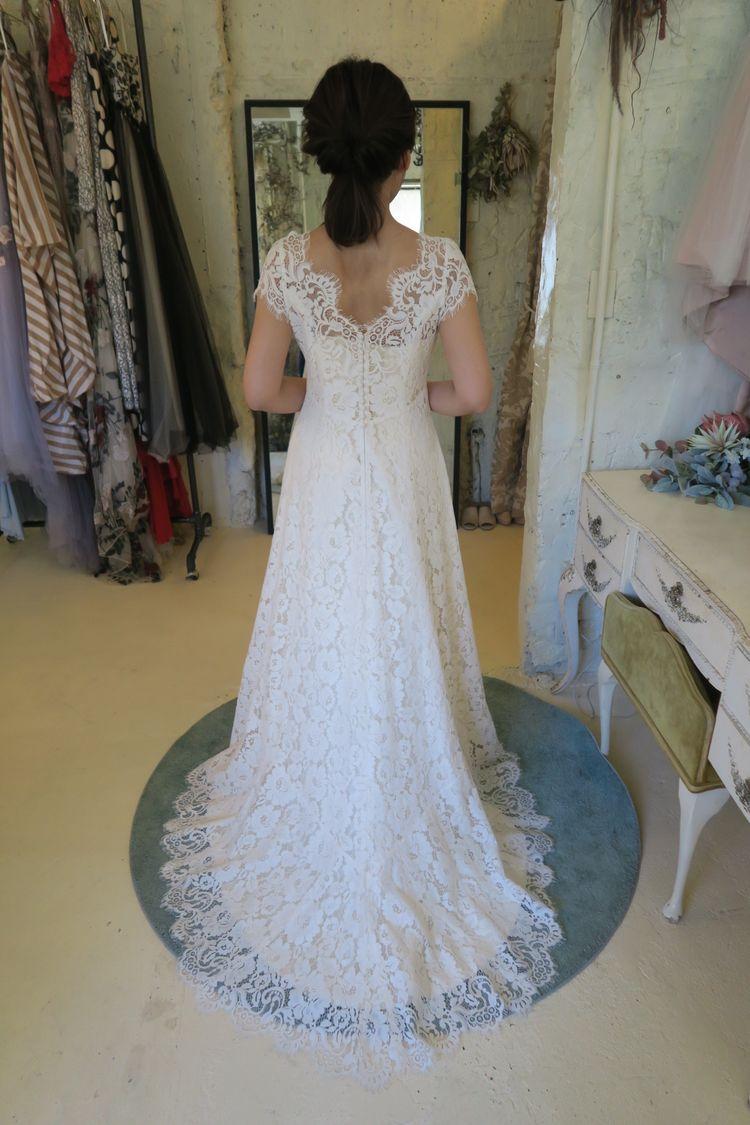 どの角度からみても綺麗なドレス