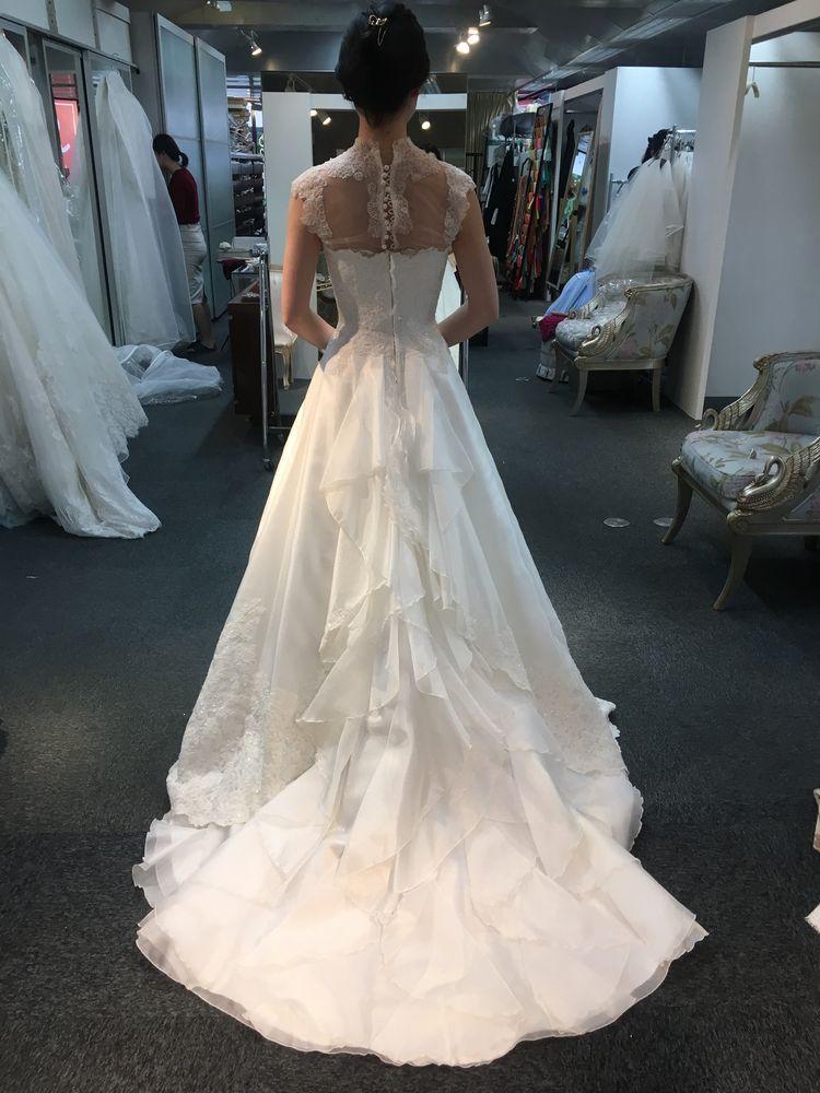 装飾なしでオッケーの素敵ドレス
