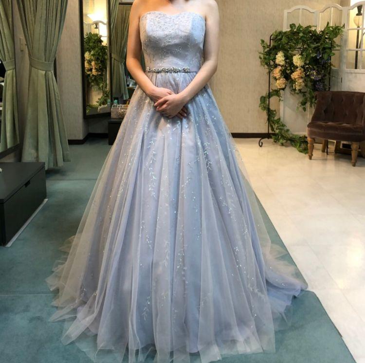 大人の雰囲気のあるドレスです!