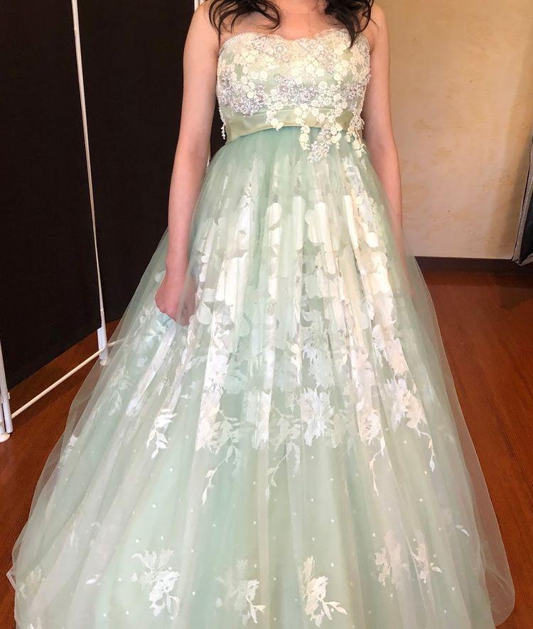 一目惚れしたグリーンドレス