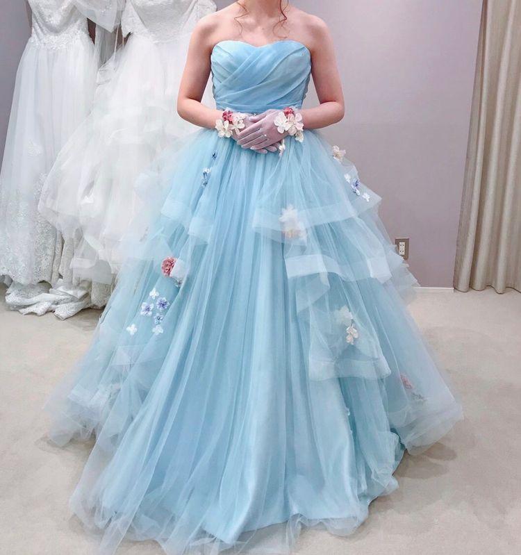 ライトブルーxお花のカラードレス