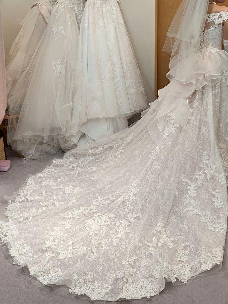 佐々木希さんドレス