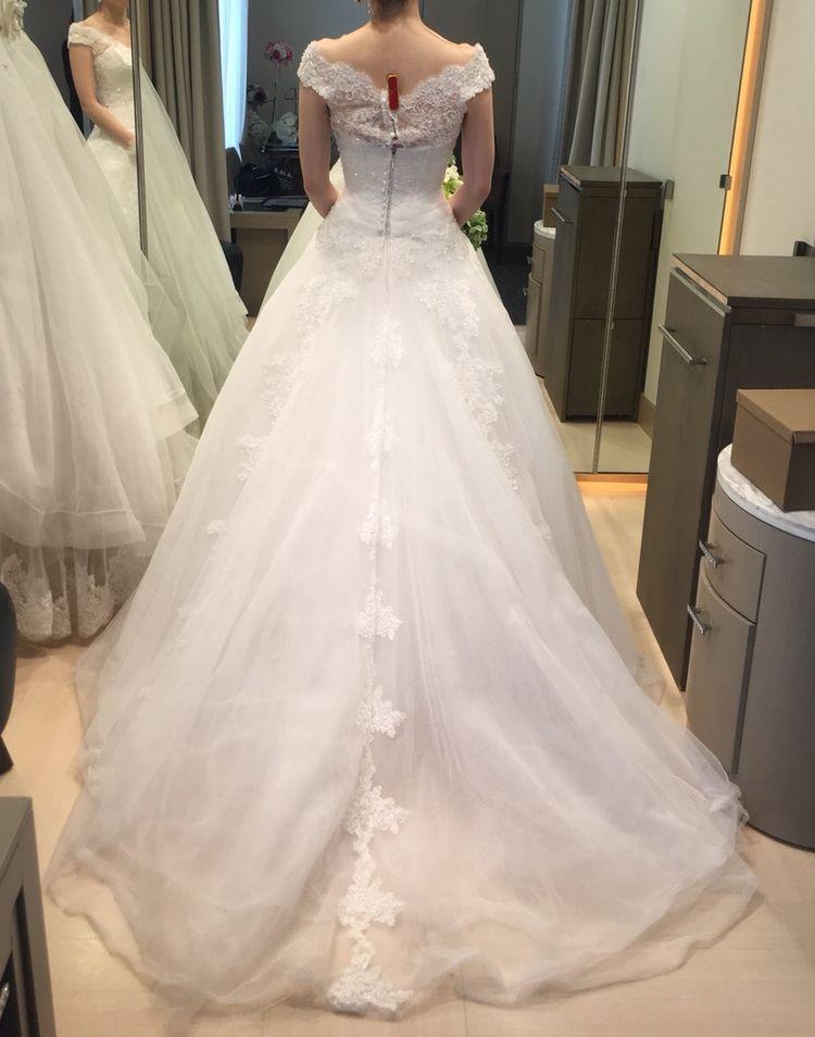 シルエットが可愛いウェディングドレス