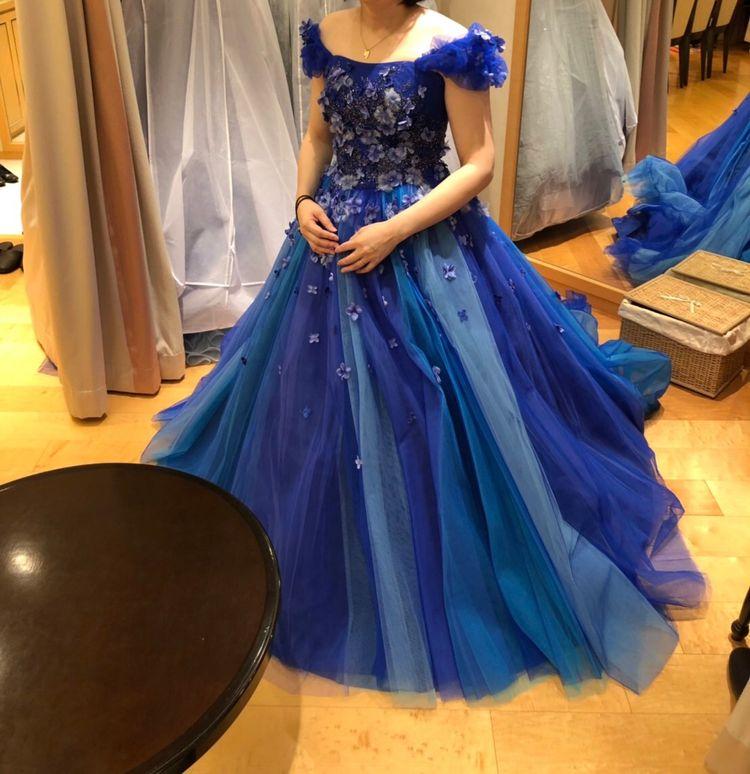 ブルーのお花ドレス