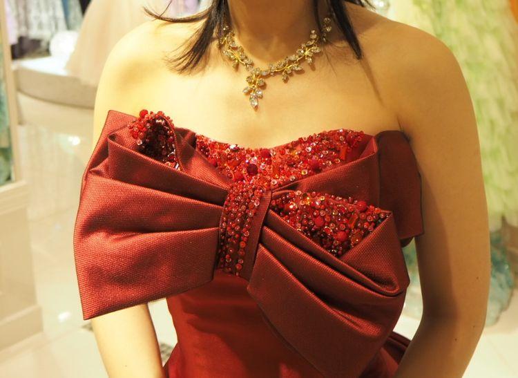 大人な赤ドレス
